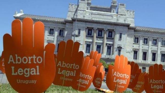 Noticia del día: Organizaciones feministas destacan 'sociedad madura' ante el aborto