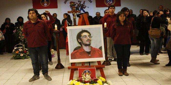 Chile: Jóvenes asesinados en la marcha estudiantil de Valparaiso son velados en sus ciudades