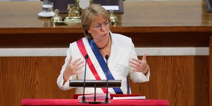 Chile: ante el Congreso, Bachelet anuncia que enviará proyecto sobre gratuidad de la educación superior