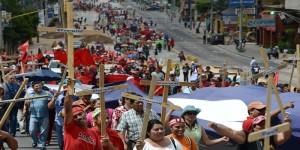Hondureños marcharon para recordar seis años del golpe de Estado y contra la corrupción