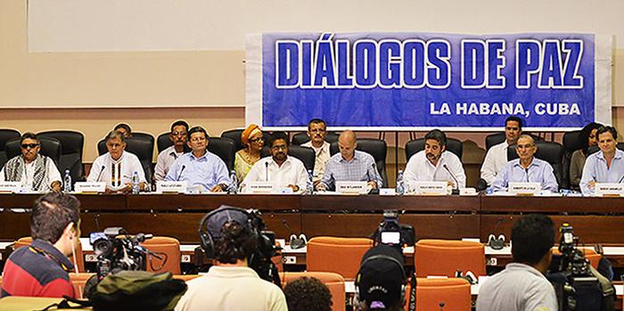 """Colombia: Gobierno y Farc acuerdan buscar """"sin demora"""" términos del cese bilateral del fuego"""