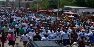Haitianos marchan a 100 años de la primera invasión estadounidense y en rechazo a la MINUSTAH