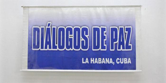"""Al concluir un nuevo ciclo de diálogo entre gobierno colombiano y Farc, la guerrilla asegura: """"el proceso se mueve en dirección al acuerdo final"""""""