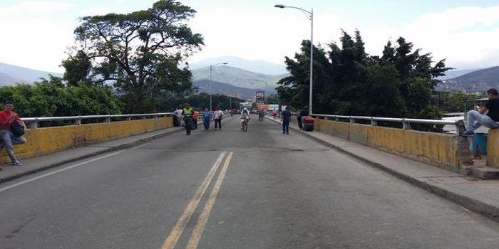 Venezuela activa corredor humanitario en zona fronteriza de conflicto con Colombia abarcada por estado de excepción