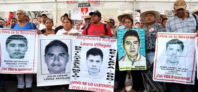 inician-huelga-de-hambre-padres-de-normalistas-de-ayotzinapa6-1000x600
