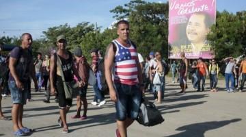 151125031101_cubanos_migrantes_nicaragua_costa_rica_624x351_reuters_nocredit
