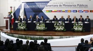 Fiscales-fortalecer-Ministerios-Publicos-Iberoamerica_EDIIMA20160125_0753_4
