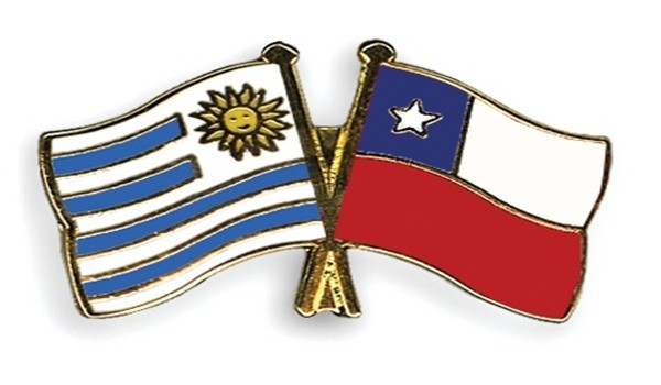 Flag-Pins-Chile-Uruguay