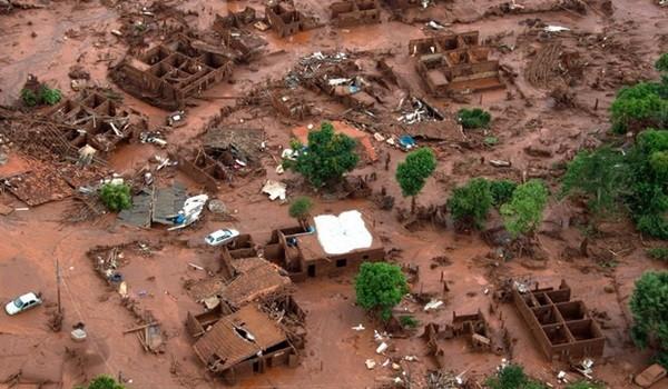 brazil-australia-mining-accident_christophe_simon_afp-3
