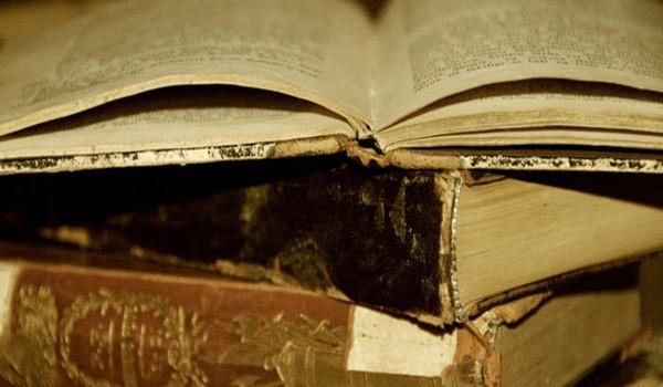 restaurar-libros-y-papiros-antiguos-portadilla