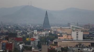 CIUDAD DE MÉXICO, 14MARZO2016.- El Gobierno de la Ciudad de México anunció que la Contingencia Ambiental Fase I decretada por la Comisión Ambiental de la Megalópolis (CAMe) en la Zona Metropolitana del Valle de México (ZMVM), señalando que se reforzará la vigilancia ambiental, a través de la Dirección de Vigilancia Ambiental de la Secretaría del Medio Ambiente (SEDEMA). FOTO: CUARTOSCURO.COM