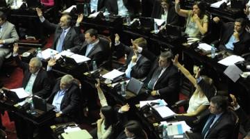 Télam 15/03/2016 Buenos Aires: Se rechazó una moción del FpV para suspender la sesión.El kirchnerismo propuso posponer el debate sobre la deuda hasta que se haga una consulta popular vinculante para que la gente decida si pagar o no a los holdouts.Foto: Fernando Sturla