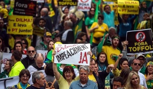 protesta-brasil-700x352