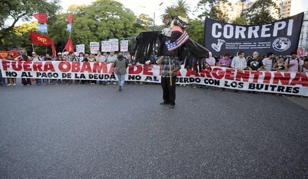 protestas-en-argentina-por-visita-de-obama-3
