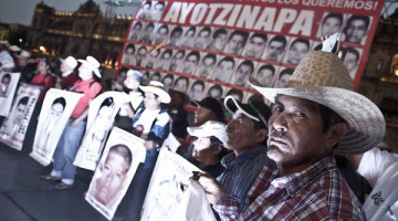 150127-Accion-Global-por-Ayotzinapa