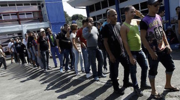151113174619_costa_rica_cubans_migrants_624x351_reuters_nocredit