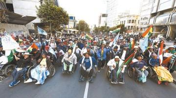 protesta-personas-discapacidad-Prado-Paz_LRZIMA20160426_0026_4