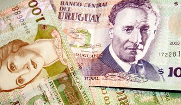 92704_1449496648_peso-uru