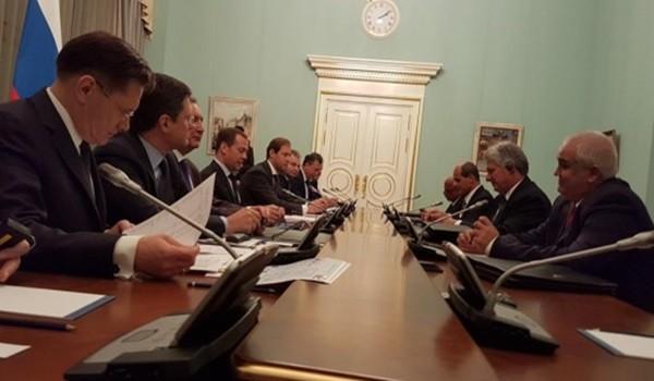 Medvedev-señala-que-perspectiva-de-las-relaciones-entre-Rusia-y-Cuba-son-muy-buenas.-580x435