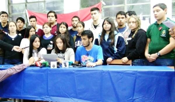dirigentes-estudiantiles-anunciaron-que-no-se-desmovilizaran-_791_573_1361353