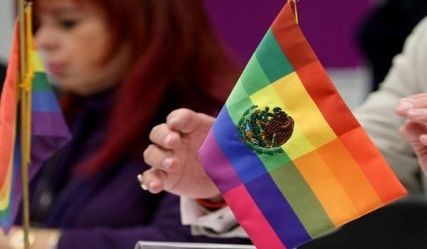 mc3a9xico-bandera-gay-copia-700x522