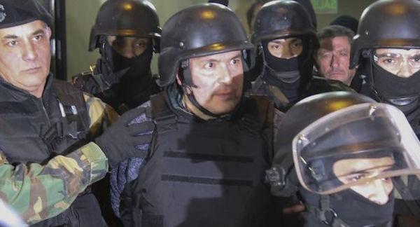 zzzznacp2NOTICIAS ARGENTINAS GRAL RODRIGUEZ, JUNIO 14: El exsecretario de Obras Publicas, Jose Lopez es trasladado desde la comisaria 1° de Gral Rodriguez. Foto NA: JUAN VARGASzzzz