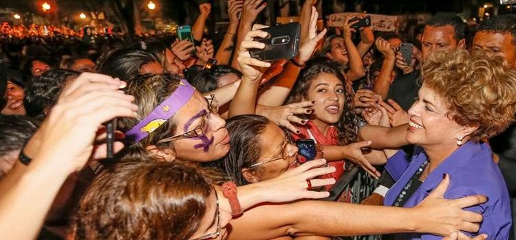 Rio de Janeiro - RJ, 02/06/2016. Presidenta Dilma Rousseff durante Ato Mulheres pela Democracia contra o Golpe. Foto: Roberto Stuckert Filho/PR