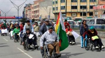 discapacitados-marchan-dias-bolivia-avanzan-paz_1_2351567
