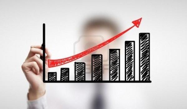 14884375-hombre-horario-dibujo-de-crecimiento-empresarial