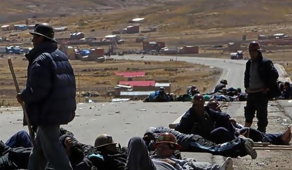 Choques-entre-mineros-y-policías-en-Bolivia