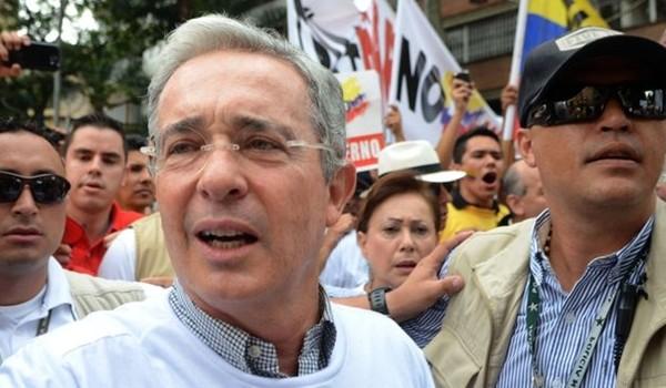 Uribe-resistencia-Colombia-FARC-FotoAFP_MEDIMA20160510_0209_31
