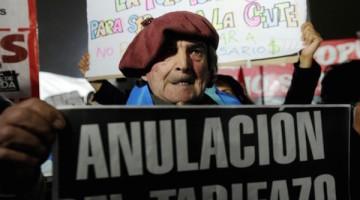 protestas-capital-argentina-tarifazo-gobierno-macri_1_2382512