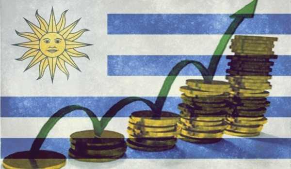 uruguay-grunge-bandera_61-1110