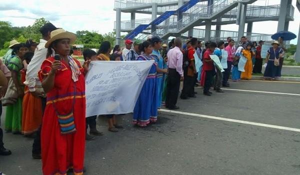 indigenas_sumaran_mas_bases_en_contra_de_barro_blanc