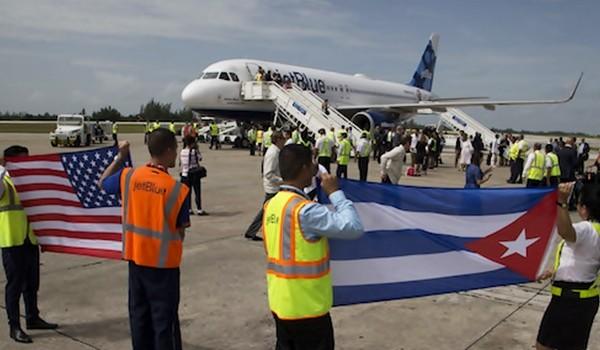 llegada-vuelo-jetblue-santa-clara1