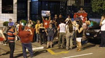62166083_Sao-Bernardo-do-CampoSP16-10-2106Simpatizantes-de-Lula-fazem