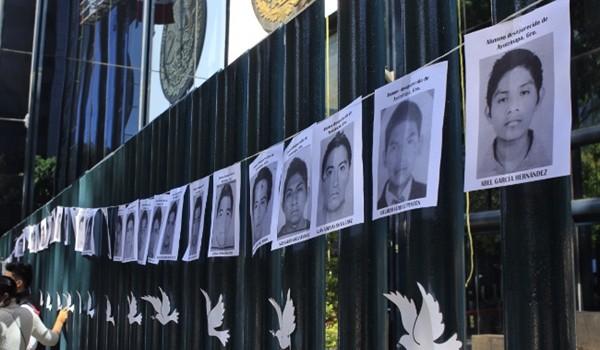 ayotzinapa-pgr