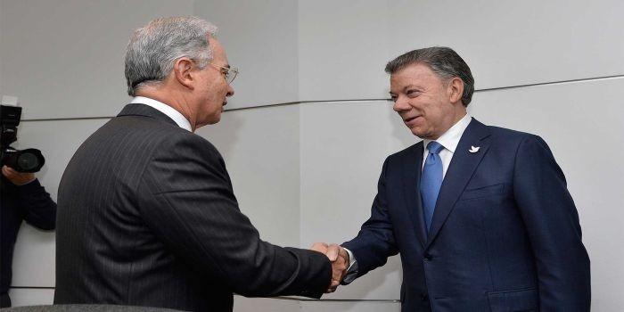 El Presidente Juan Manuel Santos recibe al expresidente, Alvaro Uribe en desarrollo del diálogo nacional impulsado por el Jefe del Estado para sacar adelante los acuerdos de paz.