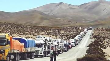 Vehiculos-transporte-internacional-frontera-Chile_LRZIMA20161103_0026_14