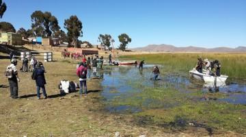 limpieza-lago-titicaca