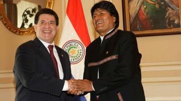 presidentes-Horacio-Cartes-Evo-Morales_LRZIMA20150612_0033_12
