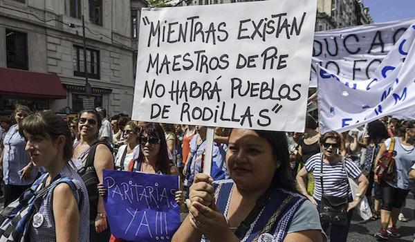huelga docente Perú - NODAL