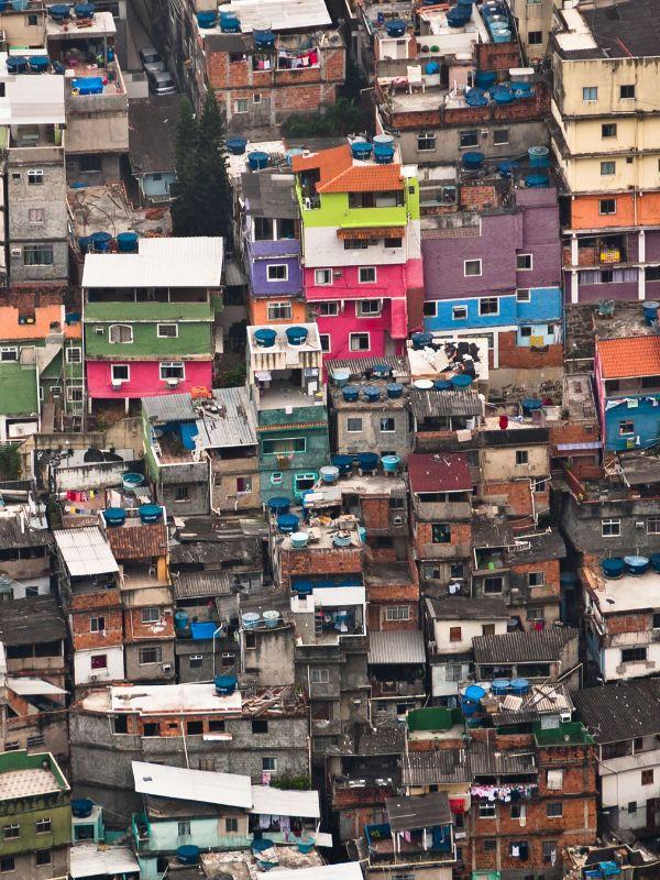 Suple Nodal Democracia y Desigualdad América Latina