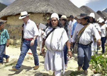 Paz y Naturaleza colombia pueblos originarios