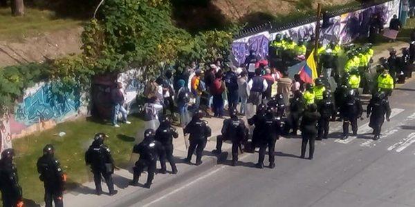 Las protestas se presentaron en la mañana de este jueves 23 de abril.Tomada de Twitter: @heidy_up