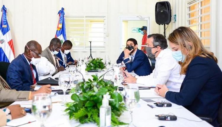 Ministros de Haití y República Dominicana se reunieron para preservar los recursos naturales de la isla